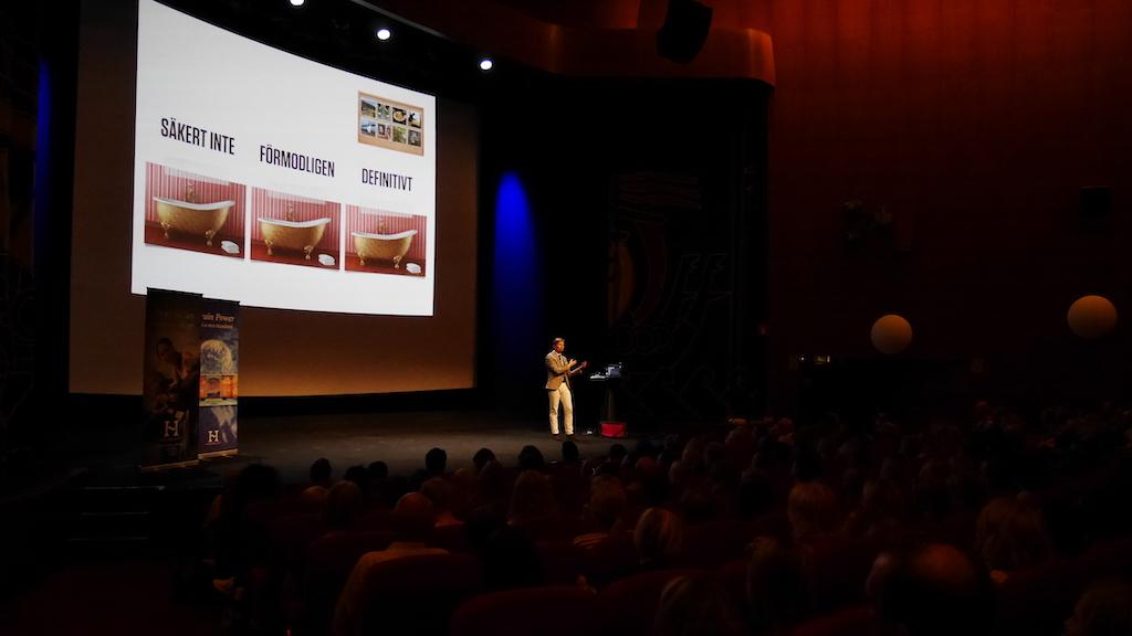 """David Stiernholm håller föreläsningen """"Få tiden att räcka till"""""""